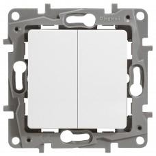2-клавішний прохідний вимикач Legrand Etika Білий (672212)